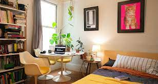 How to organize a home workspace in a small apartment?
