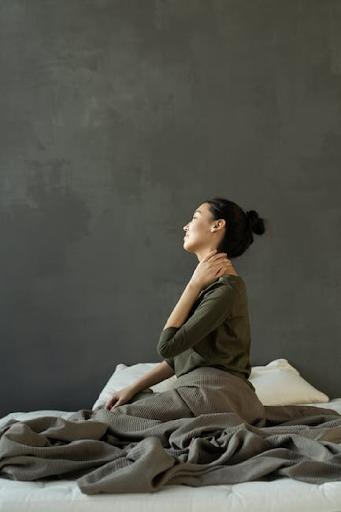 3 Tips for How to Prevent Neck Pain When Sleeping